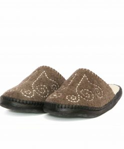 Organic mongolian felt slippers